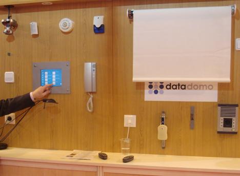 Datalux DataDomo SITI/asLAN Storage Forum 2007