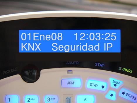 Teclado Central de Alarmas KNX Investigacion y Consulting