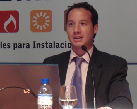Cristian Calafat LonUsers Conferencia Domótica InstalMat 2008