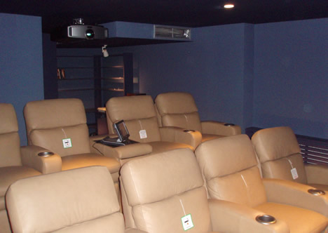 Smart Business Chalet Norte de Madrid Cine en Casa