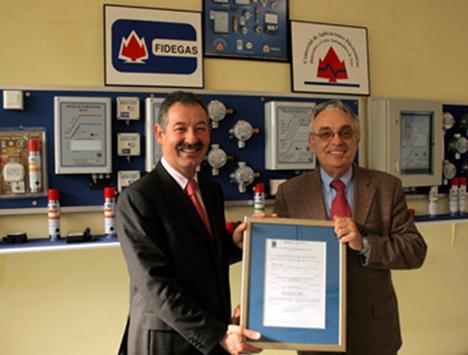Julio Bouzas Fidegas Certificado AENOR