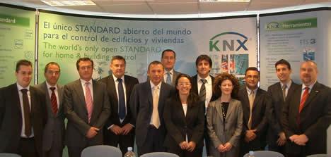 Comité Gobierno Asociacion KNX