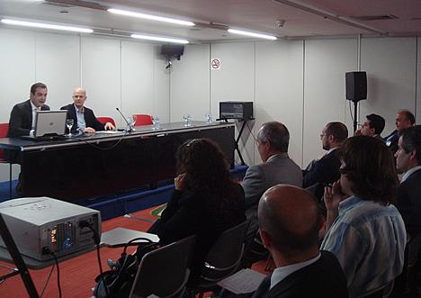 Joaquín Carretero de MiniaTEC - Jornada Domótica y Teleasistencia