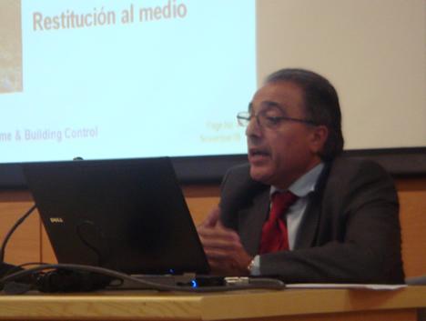 Joaquin Calpe Gil de Agbar en el KNX Workshop