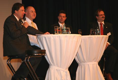 Panel de Discussion LONCOM 2009