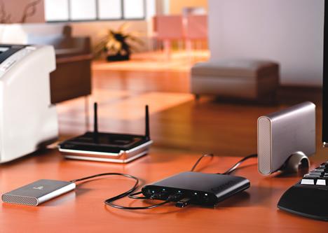 Iomega iConnect Wireless Data Station