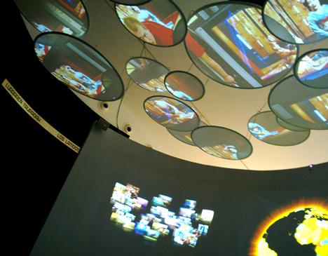 Techo de la sala Tecnología de ida y vuelta en el Parque Tecnológico de Vizcaya BTEK