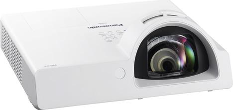 Nuevo proyector PT-ST10 de Panasonic