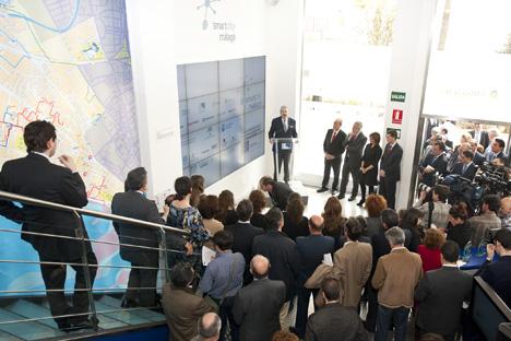 Inauguración del nuevo centro de control y monitorización de Smartcity en Málaga