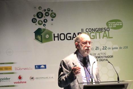 Alfonso Gárate de Fagor en el II Congreso del Hogar Digital