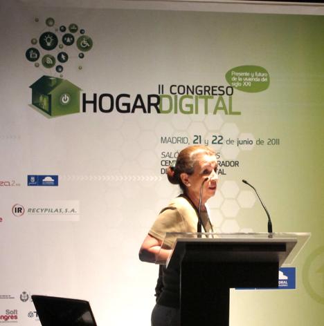 Ana Iglesias de EMVS en el II Congreso del Hogar Digital