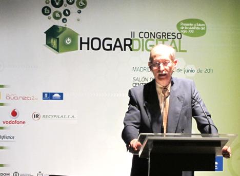 Enrque Jiménez del COITT en el II Congreso de Hogar Digital
