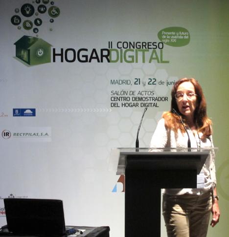 Representante de Infobótica en el II Congreso de Hogar Digital