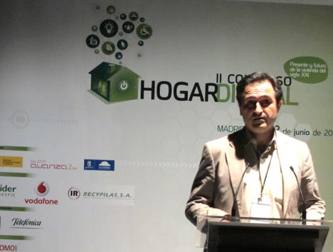 Javier Ruiz de Alcatel en el II Congreso de Hogar Digital