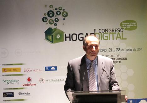 Valentín Fernández de AMETIC en el II Congreso del Hogar Digital