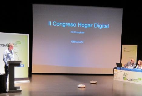 Demonstración de Robots controlados por un sistema de domótica en el II Congreso de Hogar Digital