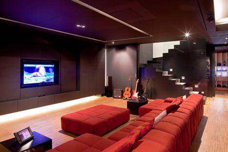 Mejor Sala Multimedia (más de 15.000 libras)