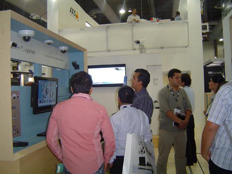 Stand de Axis en Expo Seguridad 2012