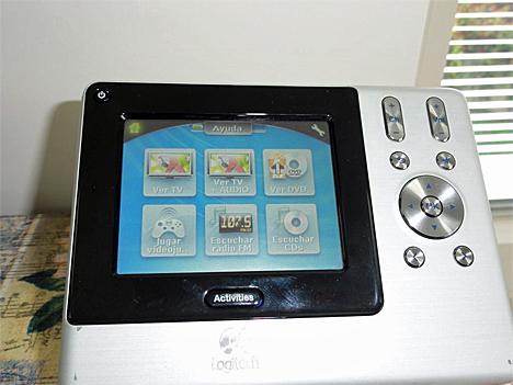 Mando para el control del sistema multimedia