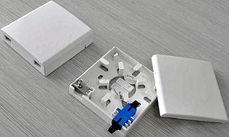Roseta para fibra óptica de C3, Cables y Componentes