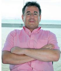 Alberto Cerdán en miembro del Comité Institucional, Comité de Organización y del Comité Científico del I Congreso BIM EUBIM 2013 y Consultor Revit.