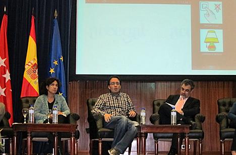 En el centro, Enrique Costa, Co-Director del proyecto Accegal