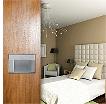 Control de accesos KNX para hoteles de Schneider Electric