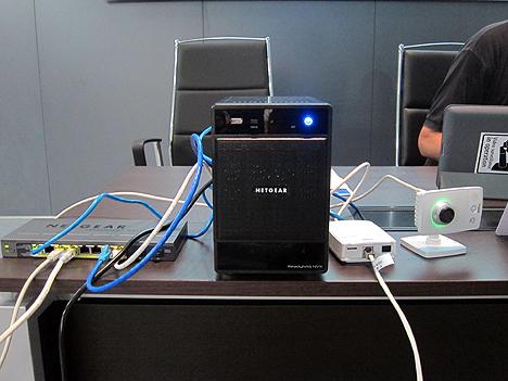 Switches de NetGear, presentes en la jornada para que los asistentes pudiesen conocerlos