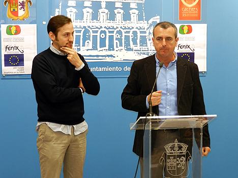 A la derecha, Adolfo Lozano, Director de la Cátedra Telefónica de la UEx