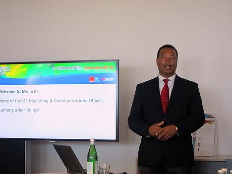 Mike Blackman, Director de ISE, durante la presentación en Munich