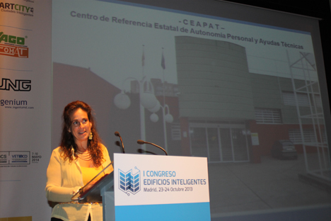 Rosa M. Regatos, del CEAPAT
