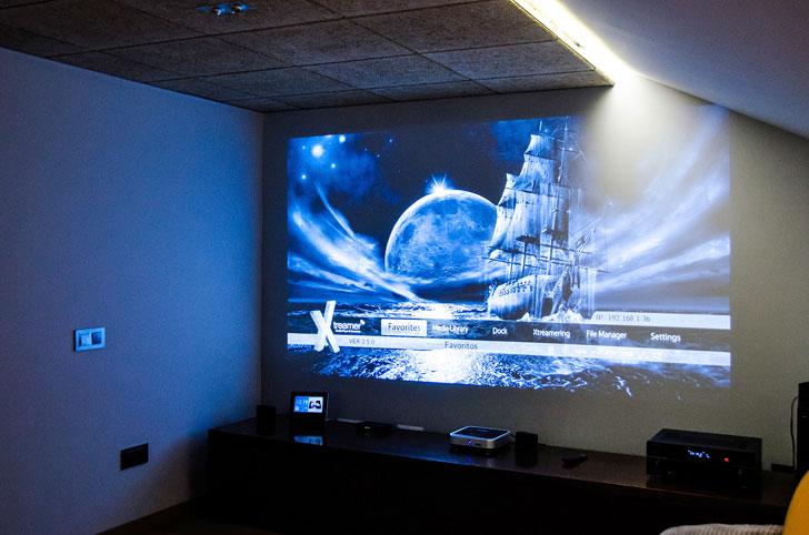 Sala audiovisual casa Eolos