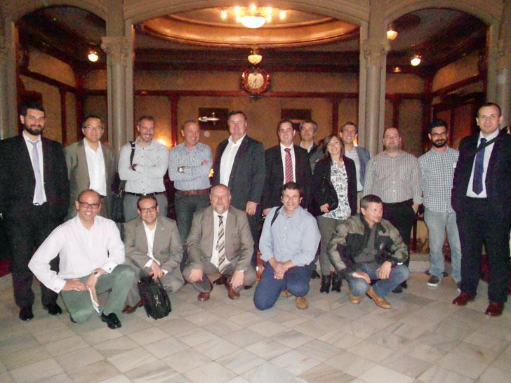 Presidencia y Comité del Gobierno de la Asociación KNX