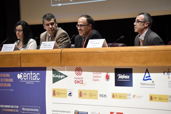 Mesa de Debate en el Congreso CENTAC