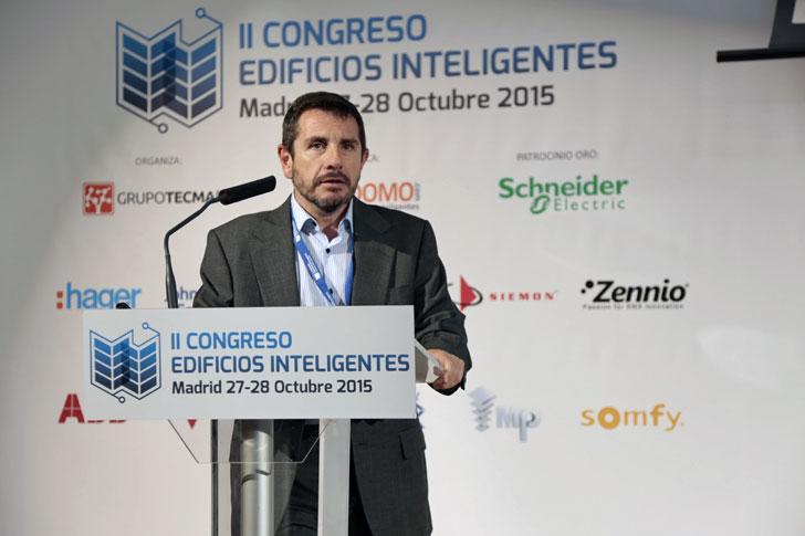Fernando Carneros
