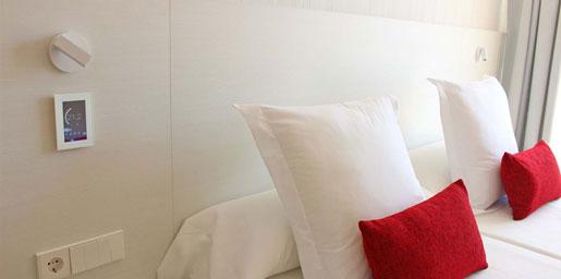Integración con la estética de la habitación.