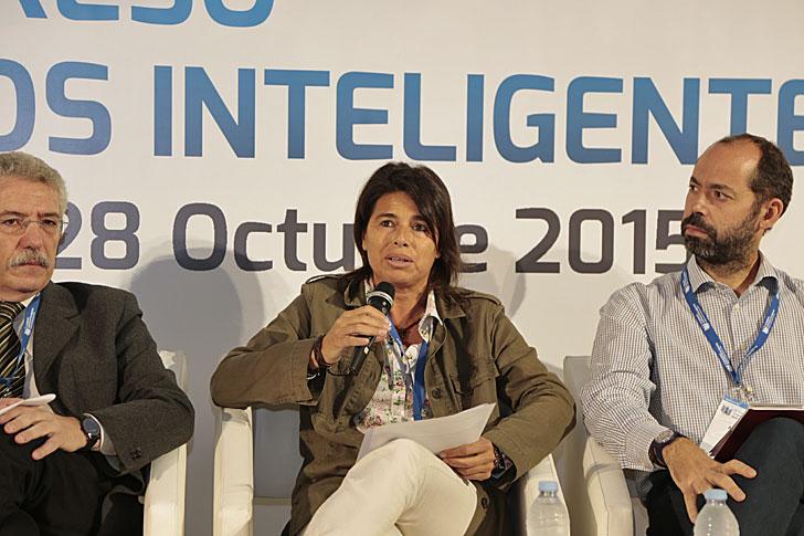Coralía Pino en el II Congreso Edificios Inteligentes