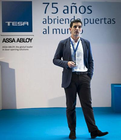Kostis Telesis, MRM en Assa Abloy Iberia, durante el evento del 75 aniversario