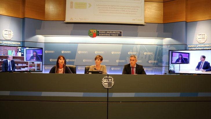 Gobierno de Euskadi durante la aprobación de la Agenda Digital 2020