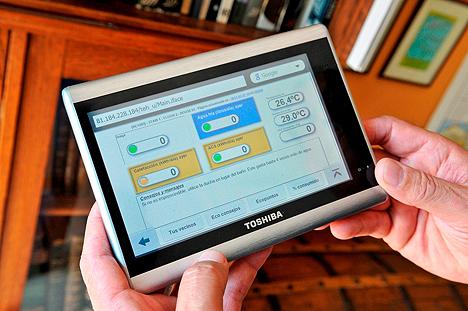 Tablet para visualizar, medir y controlar el consumo