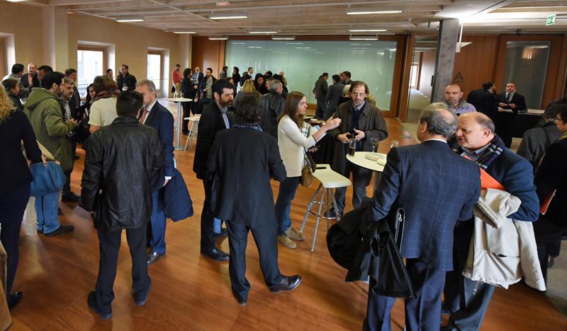 Cóctel Networking de la Jornada de Lanzamiento del III Congreso Edificios Inteligentes