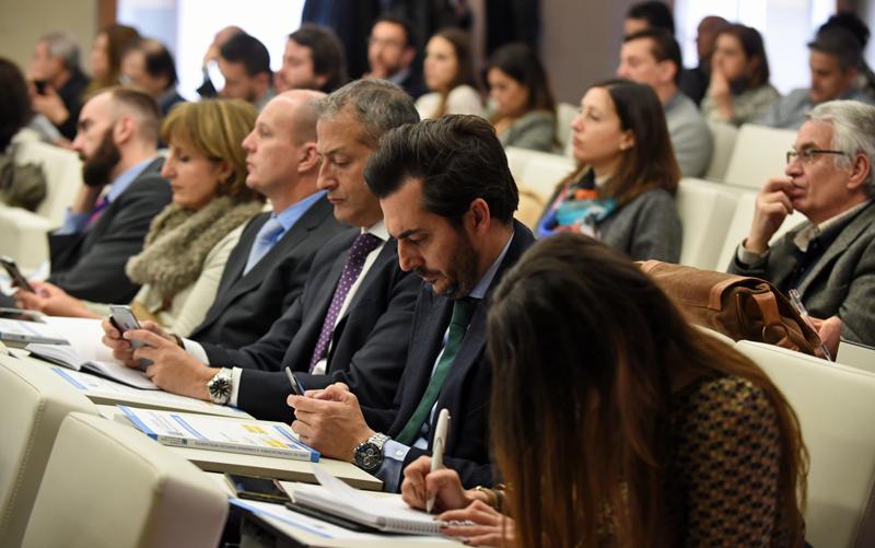 Público en la Jornada Lanzamiento III Congreso Edificios Inteligentes