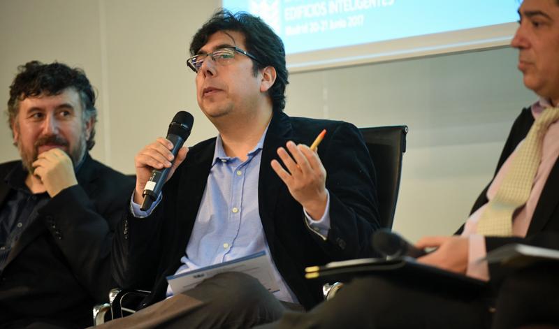 Sergio Rojas, CEDIA, en la Jornada Lanzamiento III Congreso Edificios Inteligentes