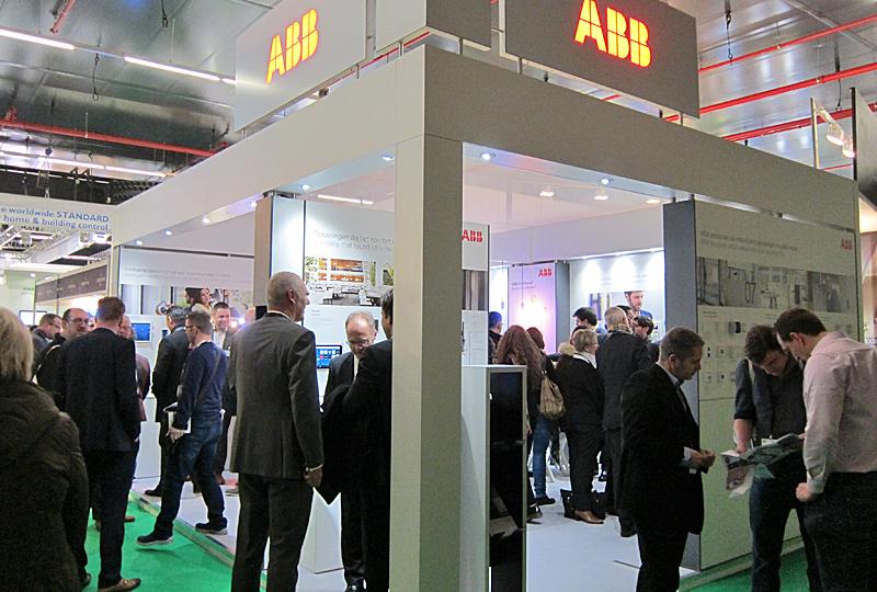 Stand de ABB en ISE 2017, donde presentó su sistema Free@home inalámbrico.
