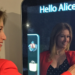 Un espejo inteligente que recomienda al cliente las prendas más adecuadas