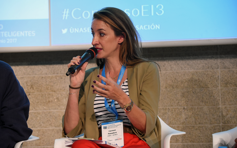 Carmen Panadero en el III Congreso Edificios Inteligentes
