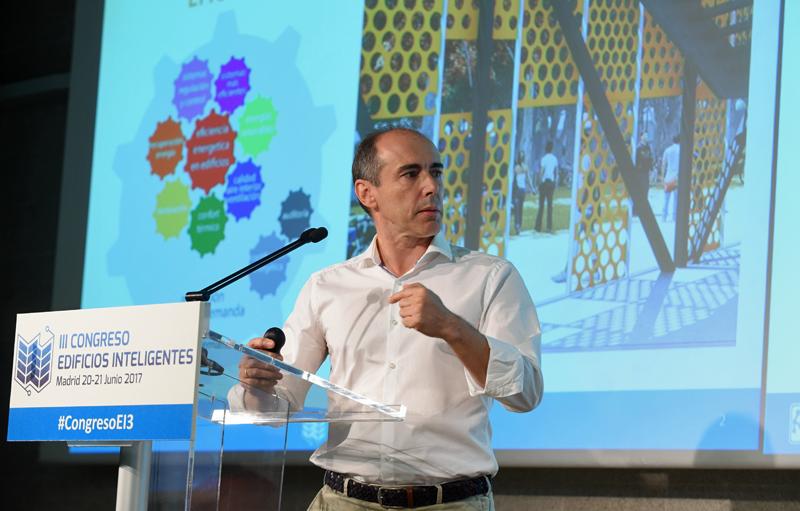 Francisco Valbuena , Arquitecto y Director de la Unidad Técnica de Arquitectura de la Universidad de Valladolid