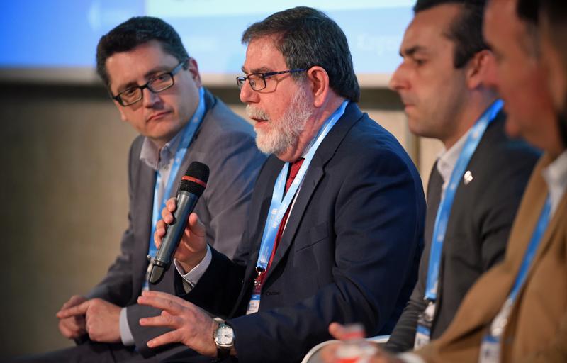 Ricardo Cañizares, Miembro del área de Trabajo de Ciberseguridad de AES