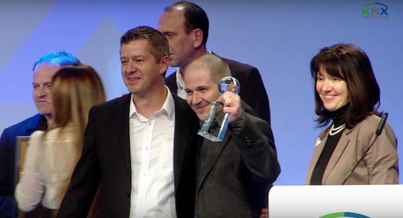 Premios KNX Award