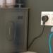 Sistema para cargar dispositivos móviles mediante inducción para eliminar los cables